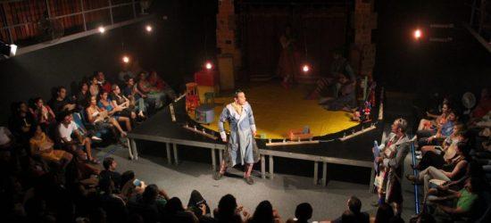 Teatro Capiba - O amor de clotilde por um certo Leandro Dantas