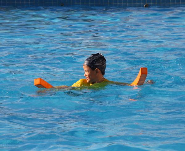 Lazer na piscina em Araripina